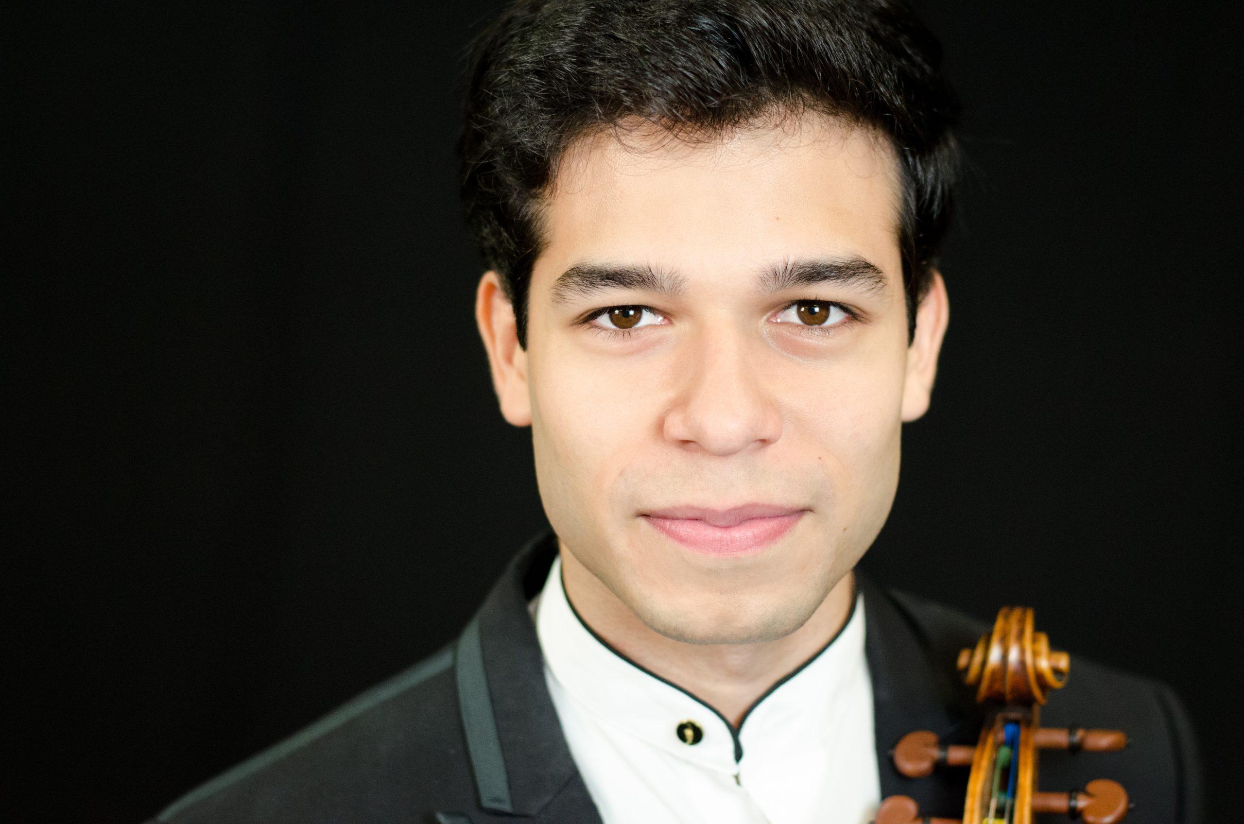 Rubén Rengel, violin